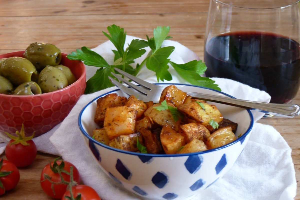 Spicy Spanish-ish Roasty Potatoes